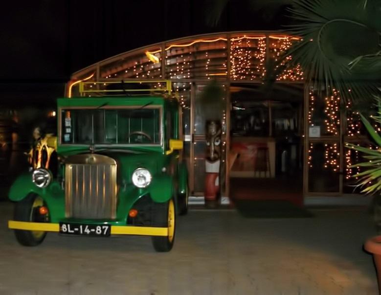 green island bar vila nova de milfontes